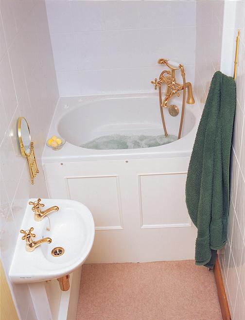 The Koromo Bath Compact Range Japanese Deep Soaking Tub FREE 7 ...